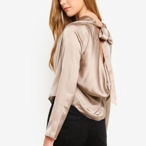 NWT MISSGUIDED SATIN COWL NECK BACK TIE BLOUSE